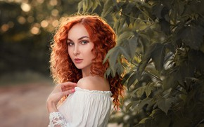 Picture look, leaves, girl, branches, face, hand, portrait, red, curls, redhead, shoulder, Anna Battle, photographer Olga …