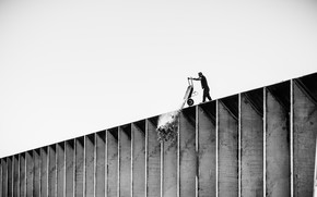 Picture wall, white, black, men, worker