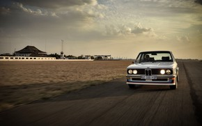 Picture asphalt, movement, BMW, sedan, 1976, four-door, 5-series, E12, 530 MLE