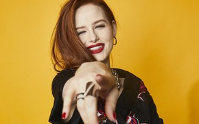 Picture smile, actress, red, redhead, Madelaine Petsch