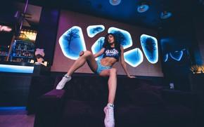 Picture girl, pose, sofa, feet, shorts, sneakers, bar, top, Yura Warner, Anna Ross