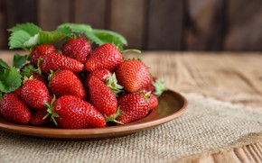 Picture summer, strawberry, wood, ripe