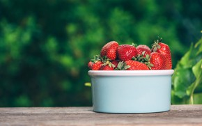 Picture berries, table, food, strawberry, Cup, bowl, green background