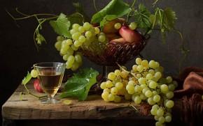 Picture wine, glass, grapes, peaches
