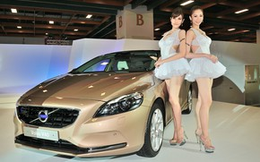 Picture auto, look, Girls, Asian girls, beautiful girls, posing over the car, VOLVO V40