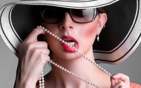 Picture face, background, model, hat, hands, makeup, glasses, lips, beads, brown hair, Michelle Minnick