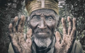 Picture Portrait, Ethiopia, Lalibela, Orthodox priest