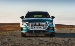 Picture Audi, crossover, E-Tron, 2019, UK version, electrocreaser