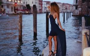 Picture girl, pose, model, figure, dress, Italy, Venice, channel, promenade, Marco Squassina, Eleonora Fabris