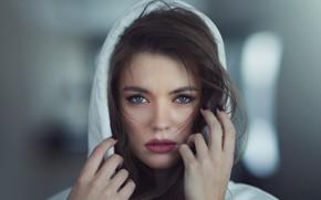 Picture look, girl, face, hair, portrait, hands, hood, sponge, bokeh, Alexey Shishkin, Maria Dzvinkaitė