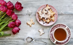 Picture love, flowers, bouquet, cookies, tulips, red, red, love, wood, flowers, romantic, tulips, cookies, butterflies, Cup …