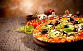 Picture cheese, pizza, tomatoes, olives, sausage