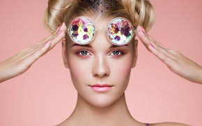 Picture portrait, makeup, retouching, Portrait of beautiful young woman