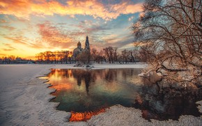 Picture Saint Petersburg, Sestroretsk, Church of the Holy apostles Peter and Paul, The dawn before Christmas