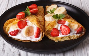 Picture berries, strawberry, banana, wood, strawberry, dessert, sour cream, pancake