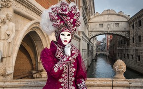 Picture Italy, costume, Venice, carnival, 2015, the bridge of sighs