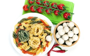 Picture mushrooms, white background, tomatoes, hot pepper, pasta