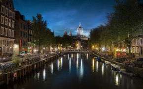 Picture the city, building, home, boats, the evening, lighting, Amsterdam, lights, channel, promenade, bikes, Holland
