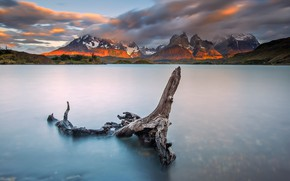 Picture mountains, lake, Chile, Patagonia, National Park Torres del Paine