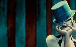 Picture girl, background, hat, makeup, American Horror Story, striped background