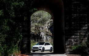 Picture Mercedes-Benz, arch, crossover, GLA, 4MATIC, GLA-Class, 2020, AMG Line, GLA 250