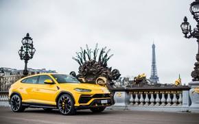 Picture Paris, Lamborghini, Eiffel tower, side view, 2018, Urus