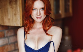 Picture chest, look, girl, face, smile, neckline, freckles, red, redhead, Stepan Kvardakov, Arina Bikbulatov