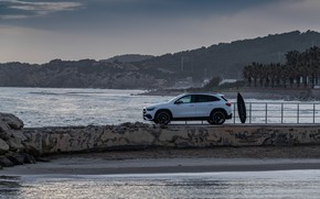 Picture coast, Mercedes-Benz, side view, crossover, GLA, 4MATIC, GLA-Class, 2020, AMG Line, GLA 250