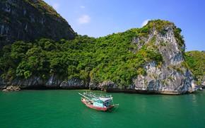 Picture sea, greens, the sky, the sun, stones, rocks, boats, Bay, Vietnam, Lan Ha Bay
