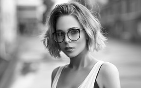 Picture girl, glasses, hairstyle, short, Maxim Romanov