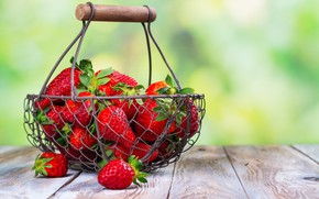 Picture summer, berries, strawberry, basket, ripe