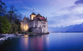 Picture lake, castle, shore