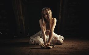 Picture girl, photo, photographer, model, blonde, portrait, kneeling, Photoduality