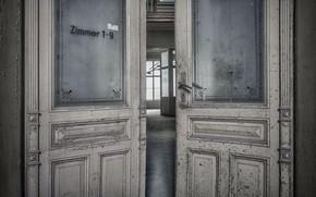 Picture room, interior, door