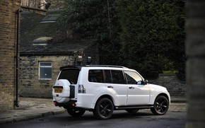 Picture white, asphalt, street, Mitsubishi, 2012, Black, Pajero, SUV, Shogun, the five-door, Montero
