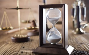 Picture wood, time, hourglass