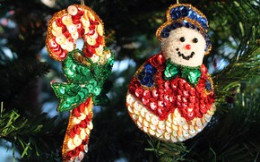 Picture winter, holiday, toy, Shine, Christmas, New year, snowman, tree, needles, hanging, bokeh, Christmas decorations, Christmas …