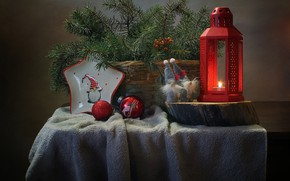 Picture branches, table, holiday, toys, new year, spruce, plate, lantern, dwarves, plaid, basket, needles, Kovaleva Svetlana, …
