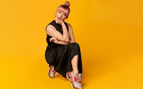 Picture hair, dress, actress, sneakers, Maisie Williams, Maisie Williams