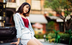 Picture pose, model, shorts, makeup, Mike, hairstyle, shirt, brown hair, Asian, jeans