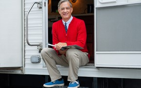 Picture sneakers, tie, sweater, Tom Hanks, Tom Hanks, Mr. Rogers, Mr. Rogers