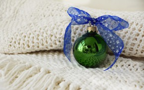 Picture winter, green, holiday, ball, Christmas, New year, bow, Christmas decorations, Christmas ball, knitted scarf