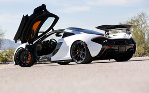 Picture McLaren, McLaren, The door, Hypercar, Hybrid, P1