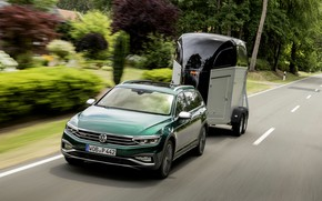 Picture Volkswagen, the trailer, universal, Passat, dark green, Alltrack, 2019