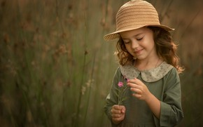 Picture field, smile, hat, girl