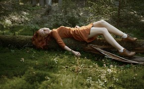 Picture forest, freckles, legs, redhead, Fiyah Max, Into the woods