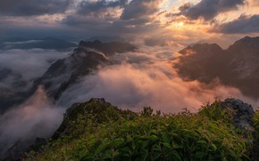 Picture the sky, the sun, clouds, light, mountains, fog, stones, open, vegetation, the slopes, tops, view, …