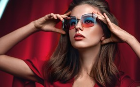 Picture look, face, background, portrait, hands, makeup, glasses, Elizaveta Zheleznyak, Victor Vodolazki