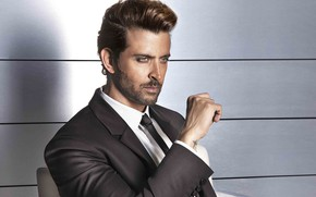Picture look, style, background, Hrithik Roshan