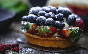 Picture berries, table, blueberries, strawberry, pie, cake, cakes, bokeh, cupcake, powdered sugar, berry, pomegranate grains